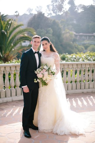 bride-in-vera-wang-groom-in-bespoke-suit-from-cad-and-dandy