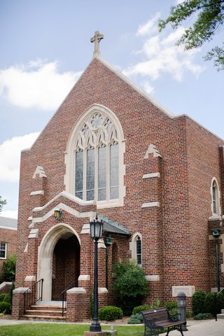 catholic-church-in-virginia-for-wedding-ceremony