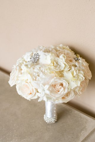 white-wedding-bouquet-with-pearl-wrap-rose-stephanotis-peony-gardenia