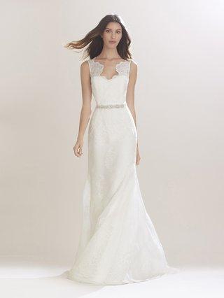 carolina-herrera-fall-2016-sleeveless-wedding-dress-with-scallop-straps