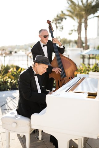 wedding-reception-music-cocktail-hour-ceremony-prep-tuxedo-musicians-white-piano-and-bass