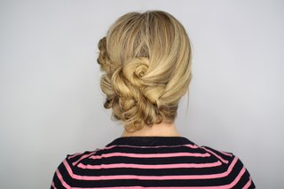 easy-tutorial-for-knotted-updo-hairstyle-rehearsal-dinner-wedding