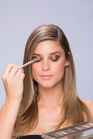 summer-makeup-tutorial-natural-smokey-smoky-eye-step-number-four