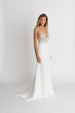 alexandra-grecco-fall-winter-2018-the-magic-hour-wedding-dress-nima-v-neck-bridal-gown-silk-crepe