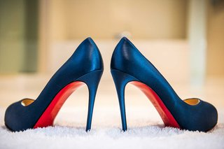 wedding-shoes-something-blue-navy-blue-satin-heels-christian-louboutin-heels