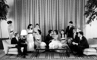 black-and-white-photo-of-bride-and-groom-with-wedding-party-at-the-beverly-hilton