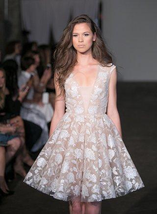 rime-arodaky-2018-bridal-collection-wedding-dress-cap-sleeve-short-wedding-dress-flower-embroidery