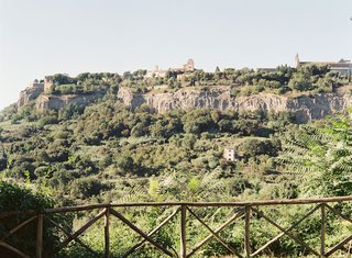 wedding-location-in-the-italian-countryside-orvieto-umbria-italy
