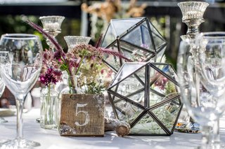 tahoe-wedding-with-geometric-terrariums-and-purple-wildflowers