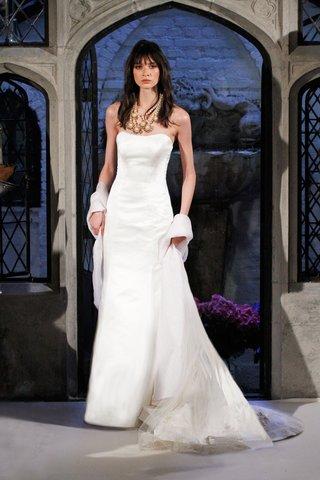oleg-cassini-spring-2018-wedding-dress-strapless-satin-column-gown-sleeveless-with-stole
