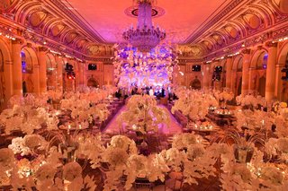 lucite-ceiling-fixture-in-center-of-ballroom-at-the-plaza-hotel-in-new-york-city-opulent-wedding