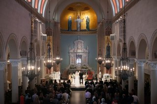 catholic-wedding-ceremony-at-st-monica-church-in-santa-monica-california
