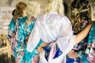 bride-in-white-robe-and-bridesmaids-in-kimonos