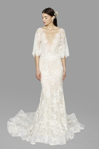 look-9-marchesa-marchesa-fall-2017-ivory-floral-tulle-plunging-v-neck-lace-flutter-sleeves