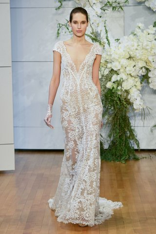 monique-lhuillier-spring-2018-bridal-collection-wedding-dress-arden-v-neck-cap-sleeve-lace-sheath