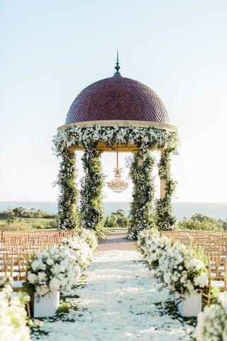 houston-astros-mlb-player-george-springer-iii-charlise-castro-wedding-ceremony-pelican-hill-rotunda