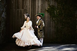 halloween-wedding-bride-and-groom-costumes-old-world-style-costumes-jacket-dress-hat