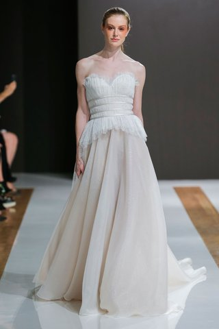 mark-zunino-spring-2018-wedding-dress-strapless-bridal-gown-banded-waist-bodice-champagne-skirt