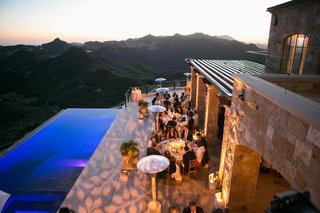 leaf-pattern-projected-lighting-at-malibu-rocky-oaks-wedding-reception-by-infinity-pool
