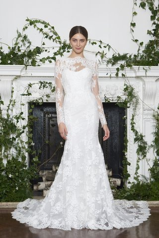 monique-lhuillier-fall-2018-illusion-neckline-and-sleeves-with-alencon-lace-matching-details-on-gown