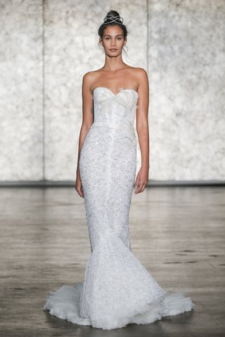 inbal-dror-fall-2018-strapless-lace-mermaid-with-lace-and-tulle-train