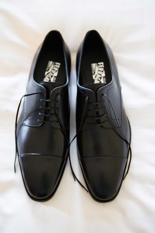 salvatore-ferragamo-dress-shoes-for-groom-nfl-player-demarco-murray