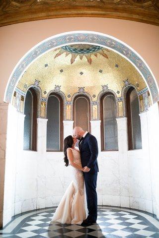 seattle-mariners-marc-rzepczynskis-wedding-lindzey-lawler-vibiana-wedding-bride-in-galia-lahav