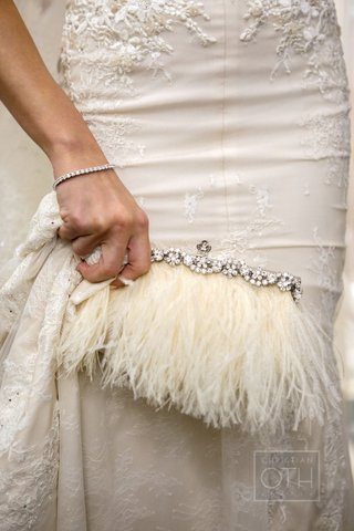 elaine-aldens-ivory-bridal-purse-with-crystals