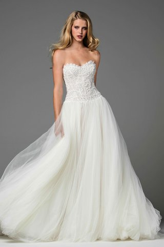watters-2017-bridal-collection-marlia-lace-bodice-strapless-sweetheart-neckline-tulle-skirt
