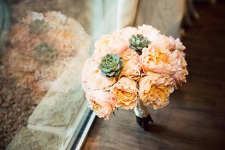 ombre-peach-garden-roses-with-accents-of-green-succulents-for-bridesmaid-bouquet