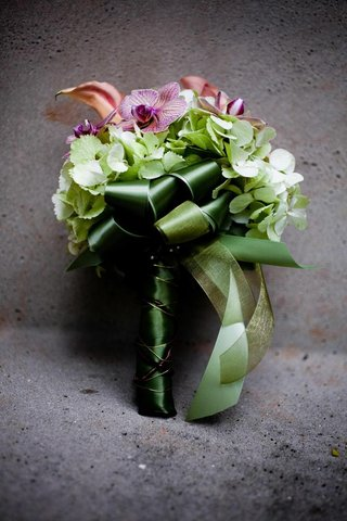 bouquet-with-hydrangea-orchid-and-calla-lily-flowers