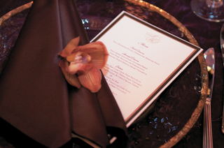 dinner-menu-at-wedding-reception-in-gold-and-brown