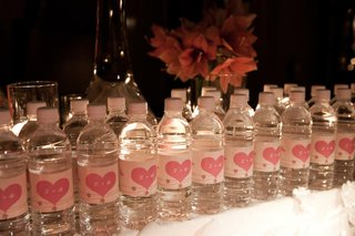 water-bottles-with-personalized-monogram-heart-labels