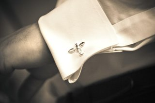 black-and-white-photo-of-dragonfly-cufflink
