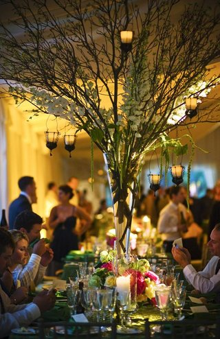wedding-reception-tree-centerpiece-with-candles