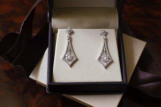 diamond-drop-pendant-earrings-in-jewelry-box