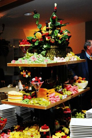 tiered-fruit-display-with-basket-topper