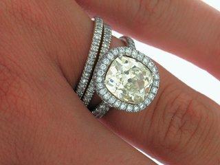 fancy-yellow-diamond-halo-engagement-ring