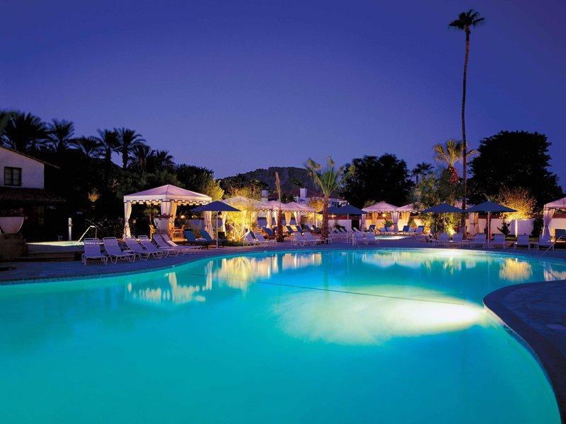 Tennis & Pool at La Quinta Resort & Club