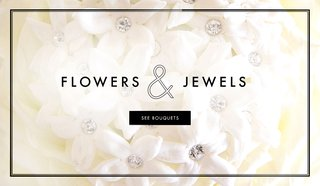 wedding-bouquet-ideas-with-jewel-brooches