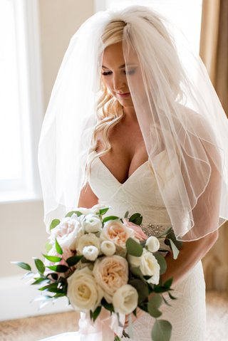 bride-in-blush-by-hayley-paige-v-neck-gown-elbow-length-veil