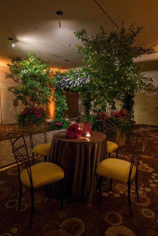 indoor-garden-themed-reception-natural-reception-decorations