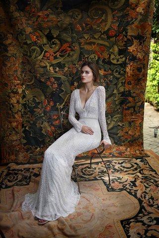 lihi-hod-2016-long-sleeve-wedding-dress-with-deep-v-neck
