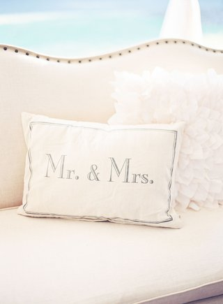 wedding-reception-lounge-area-decorations-pillow-with-mr-and-mrs-written-on-it-white-fluffy-pillow