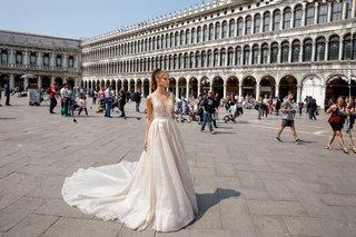 diana-julie-vino-2018-venezia-collection-v-neck-a-line-sparkling-blush-tulle-and-organza