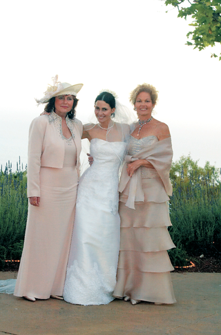 fancy-hats-blush-or-tan-gowns-jewelry