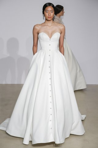 justin-alexander-fall-2018-sweetheart-satin-ball-gown-with-pockets-crystal-buttons