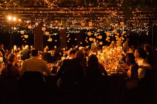 exposed-wooden-beams-and-paper-lanterns