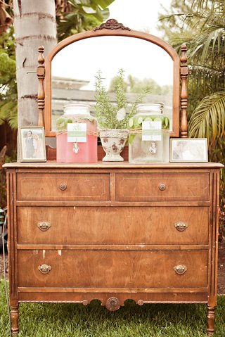 vintage-vanity-drawers-and-lemonade