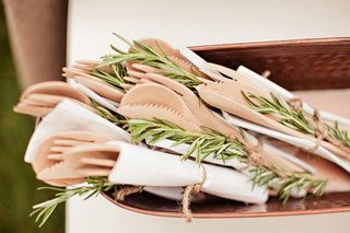 wooden-forks-and-rosemary